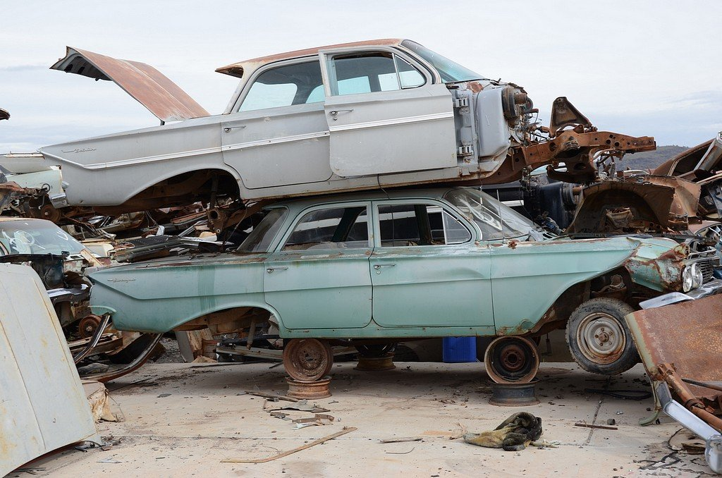 Arizona Classic Car Junkyard a Sight for Optimistic Eyes - Street Muscle