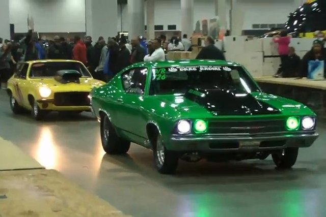 Video: Musclecar Parade While Leaving Detroit Autorama