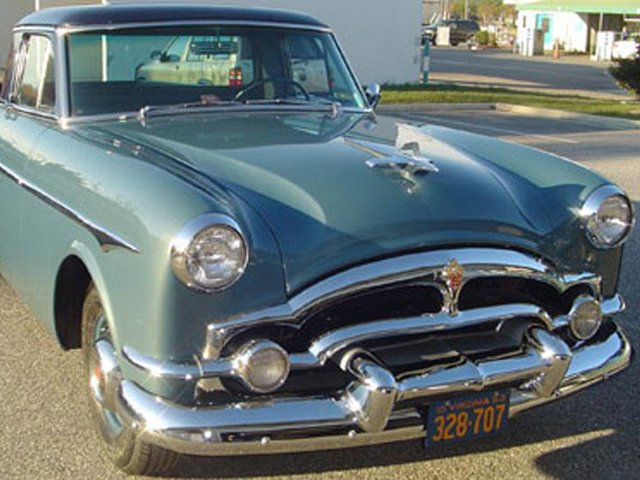 """VIDEO: 1953 Packard """"Clipperamino"""" Is A Must-See Custom"""