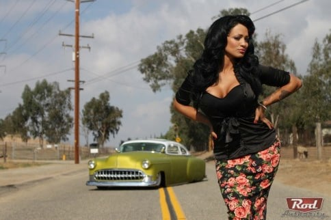 Rod Authority Certified Babe: Amorina La Flor With A '53 Kustom