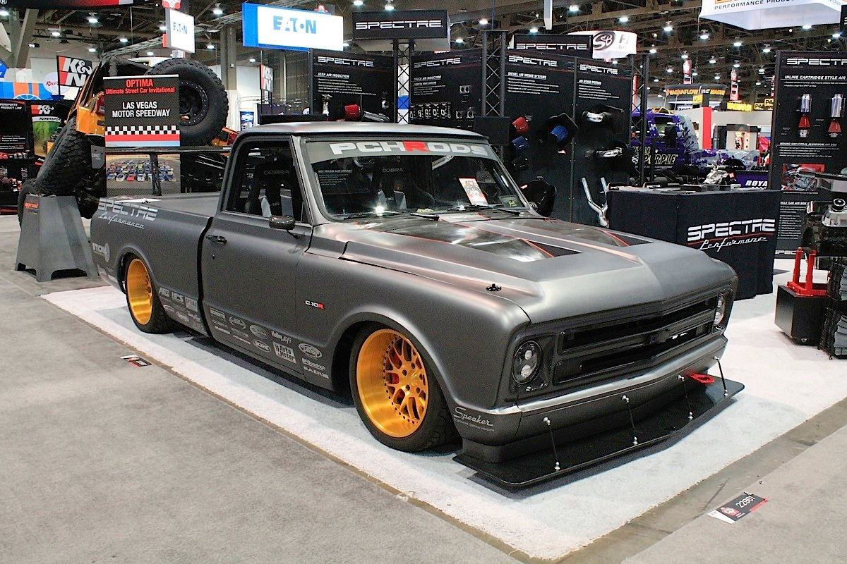 Video: PCH Rods Shows Off Their Custom 1972 C-10R Road Race Truck