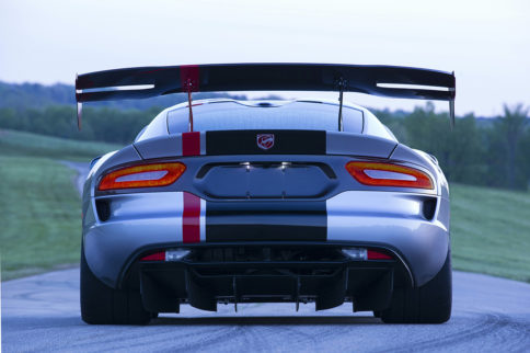 Video: 2016 Viper ACR Promises To Be Fastest Street Legal Viper Ever