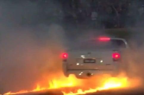 Video: Hot Wheels, Australian Muscle Car Burnouts Gone Wrong