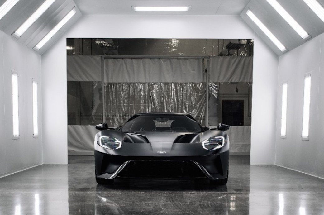 First Ford GTs Roll Off The Assembly Line