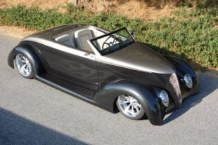 A Street Car Named Venom - Ramon Coria's '37 Ford Roadster