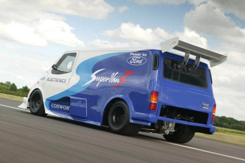 Video: Ford Minivan Powered by an F1 Engine
