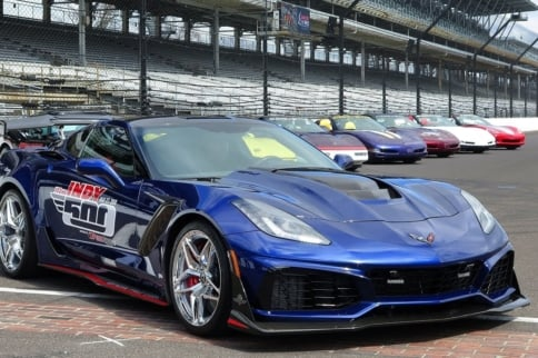Video: Mark Reuss Crashes C7 ZR1 Pace Car At Detroit Grand Prix