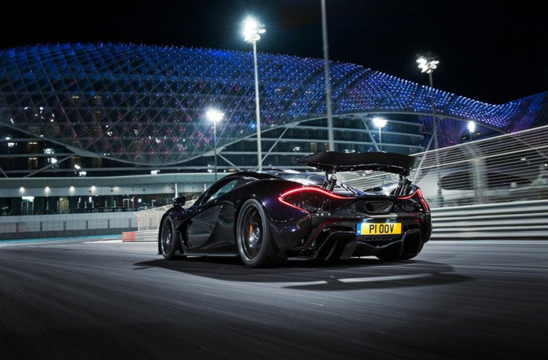 Rob's Review of Netflix's Apex: The Story of the Hypercar