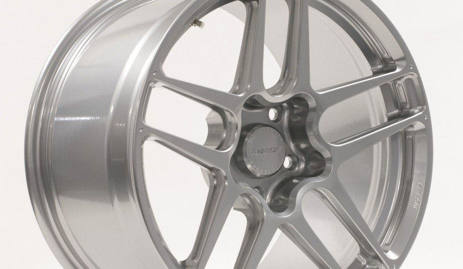 Forgeline Introduces New Split 5-Spoke Forged ZO1R Racing Wheel