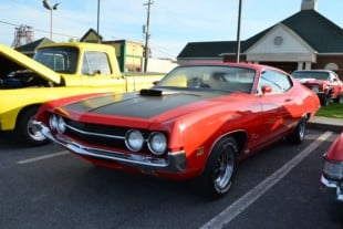 A Look At The Ford Market Place At The Tennessee Rod Run