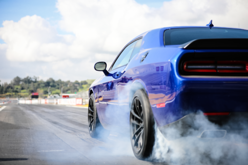 NHRA Licensed to Drag: 2019 Dodge Challenger R/T Scat Pack 1320