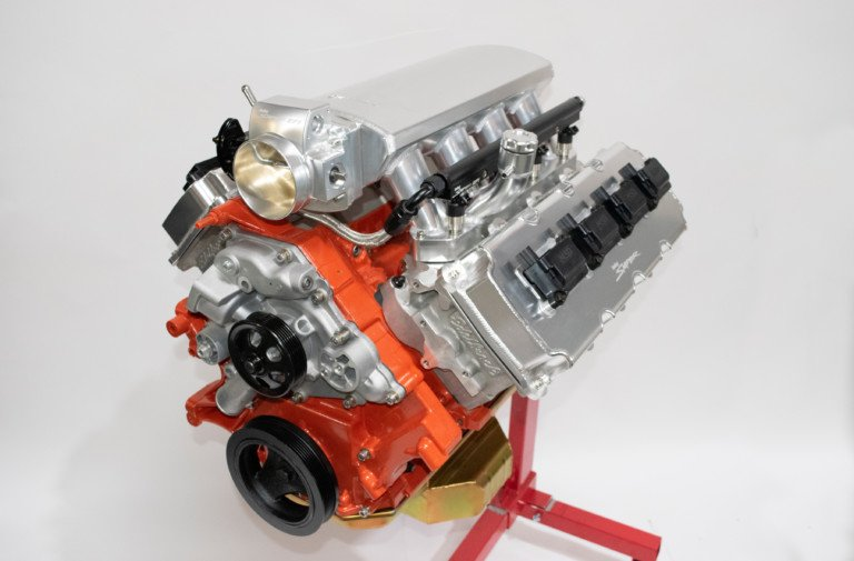 Holley Is Giving Away Another Engine: A 392-Cube Gen-III Hemi