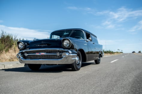 this-old-school-built-1957-chevy-sedan-delivery-defines-classic-cool-0101